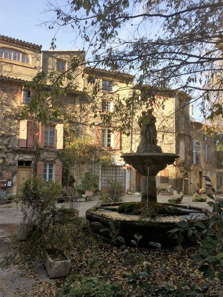 Saignon Provence France